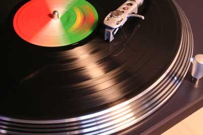 Disco-de-vinilo-en-tocadiscos